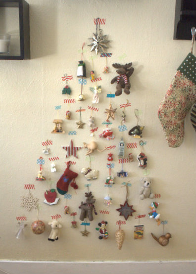 Ornament Christmas Tree | 15 Christmas Tree Alternatives for Small Spaces